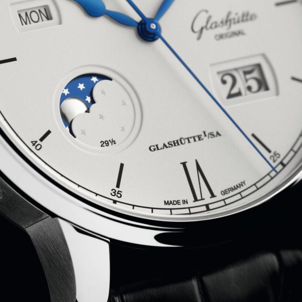 Glashütte Original Senator Excellence Ewiger Kalender / 1-36-02-01-02-30